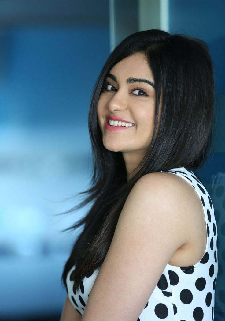 adah sharma smile face image mobile screen free background