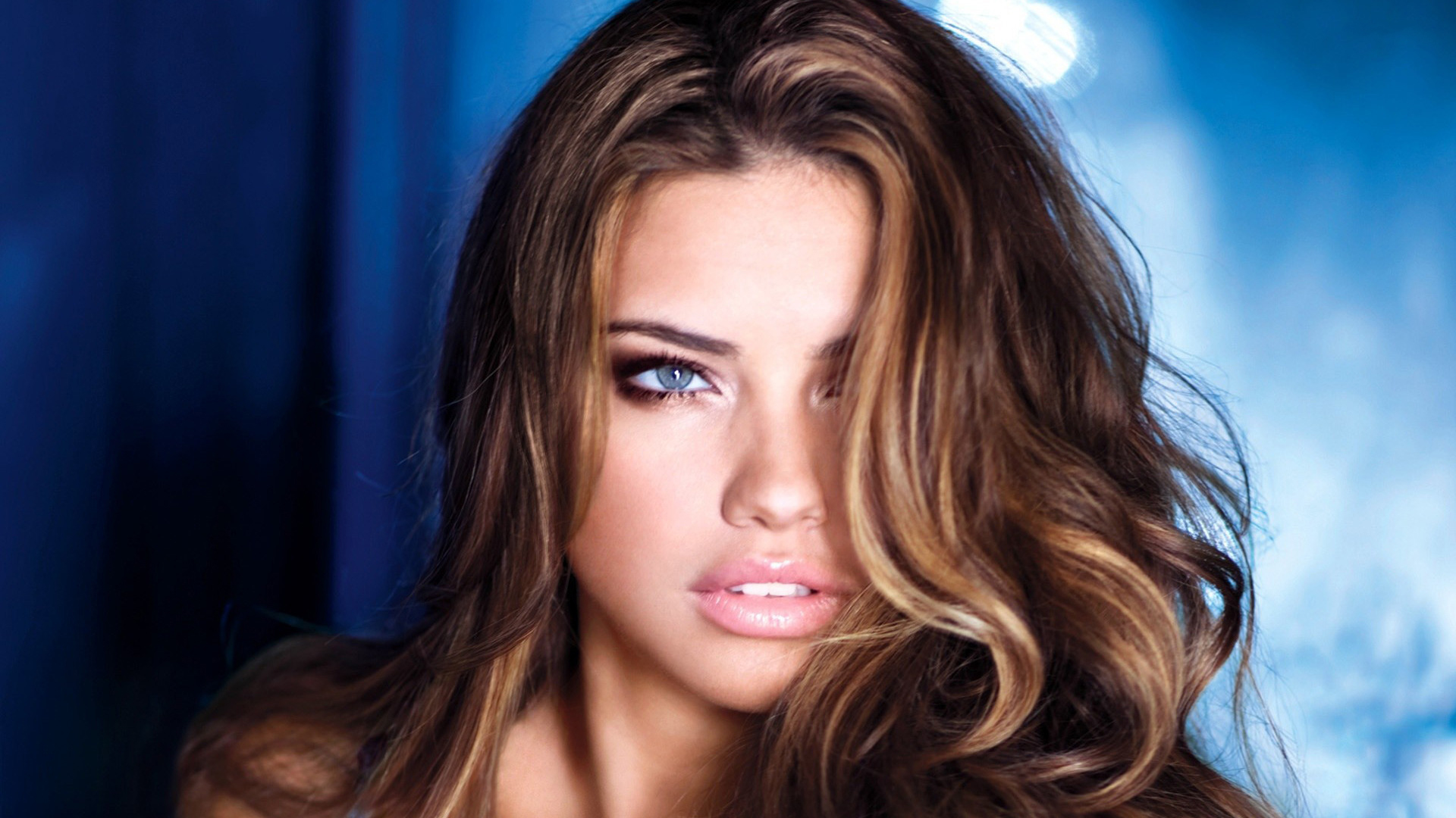 Adriana lima hot wallpapers voltagebd Gallery