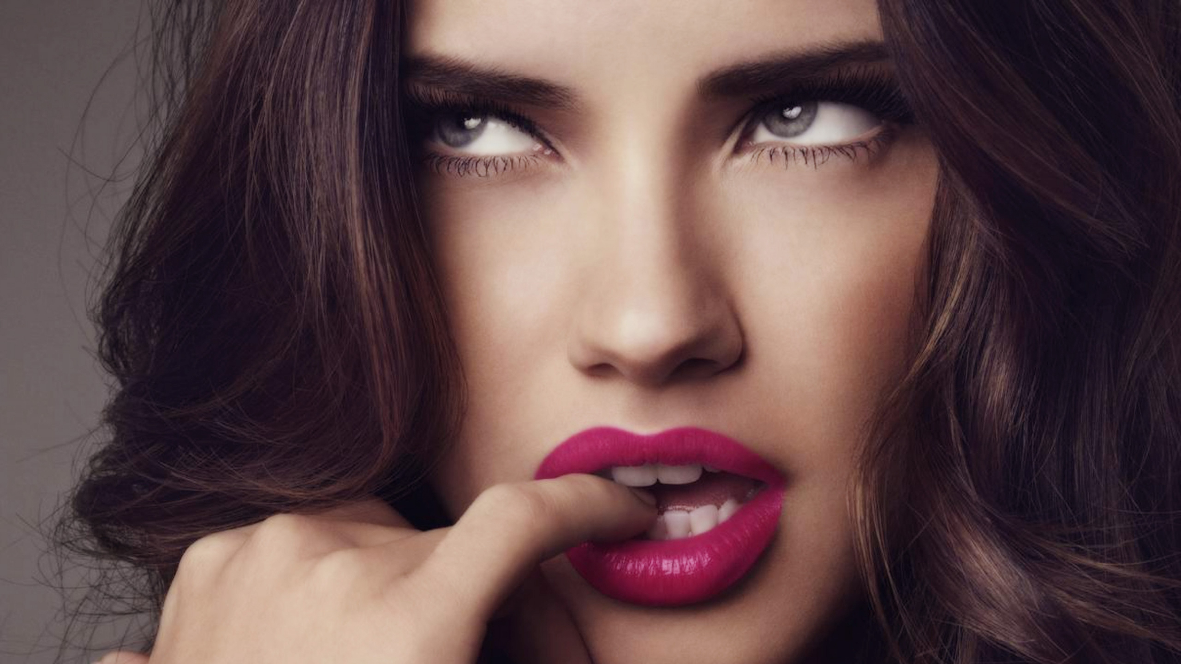 amazing adriana lima fantastic look hd mobile desktop background free photos
