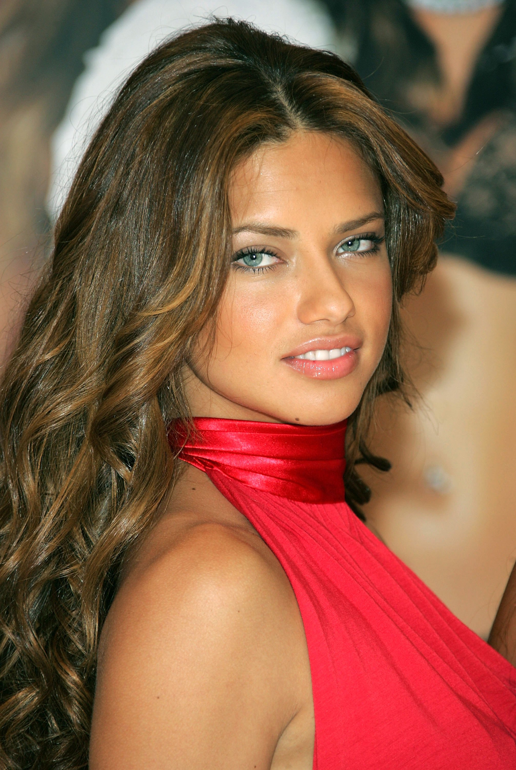 free adriana lima beautiful still background hd mobile download pictures