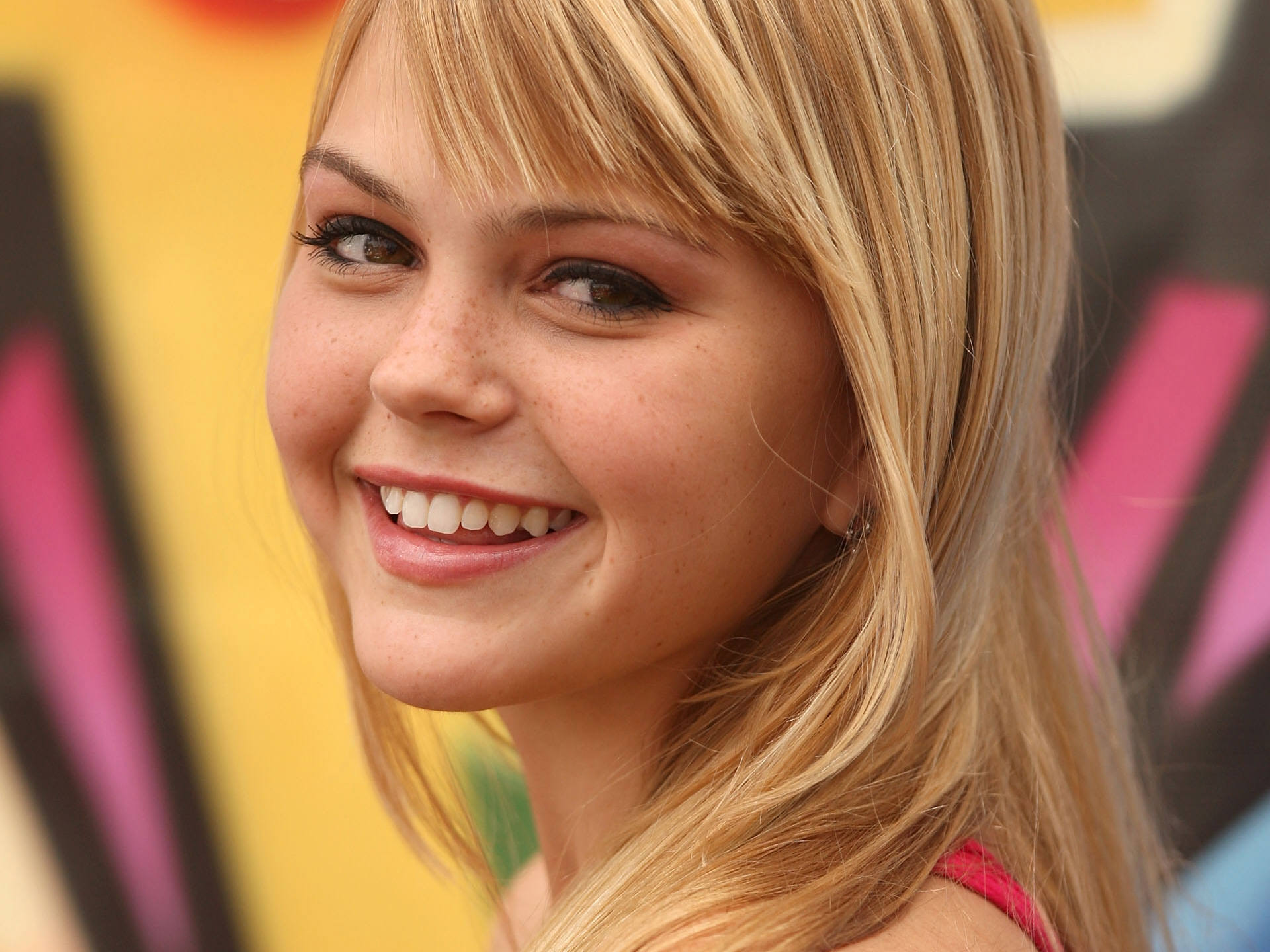 lovely aimee teegarden download pictures