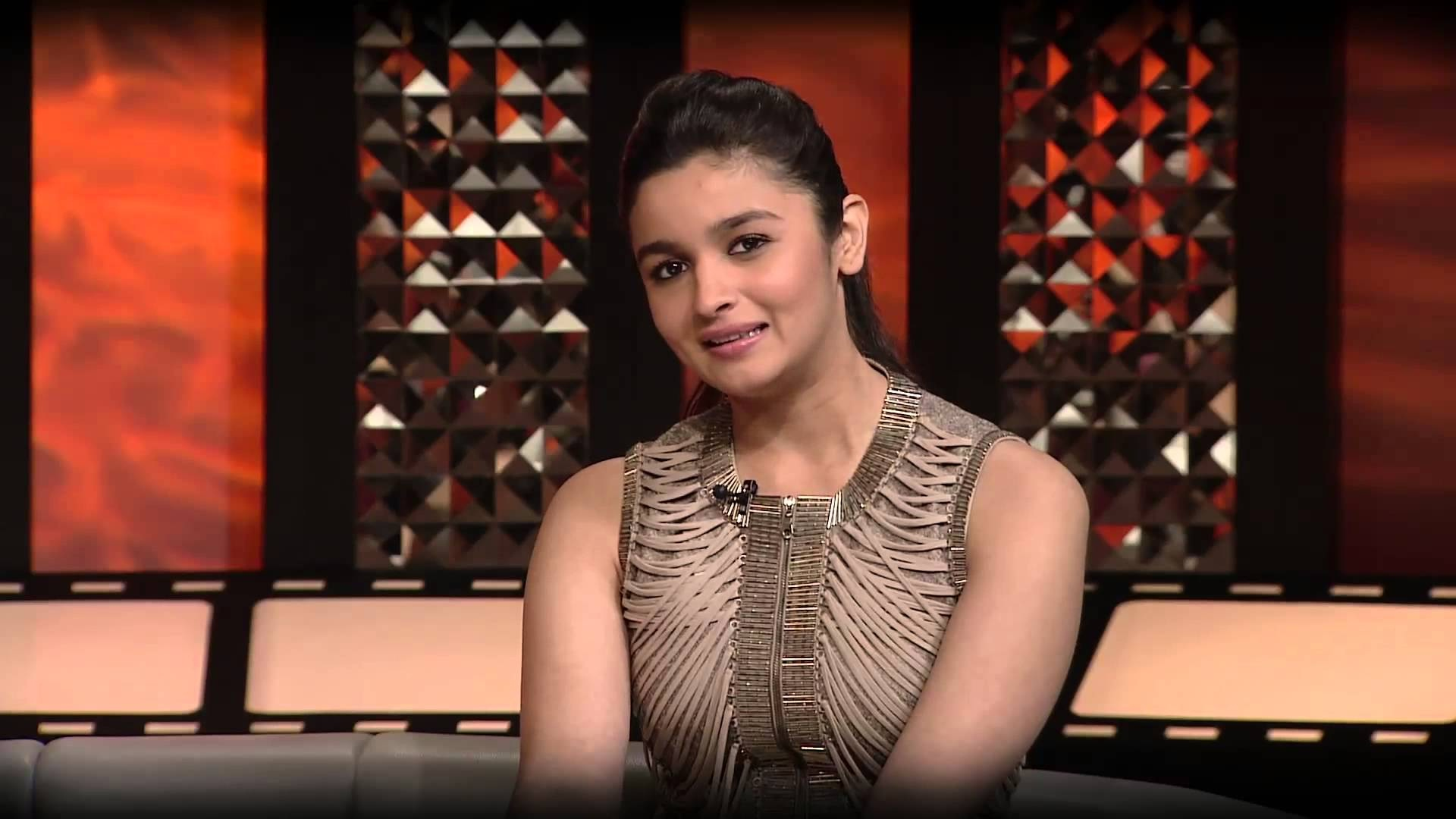 Cute Alia Bhatt Stylish Mobile Background Free Download Hd Images