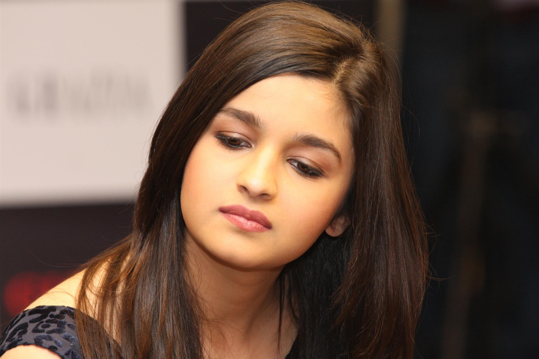 Download Alia Bhatt Free Background Laptop Hd Pictures