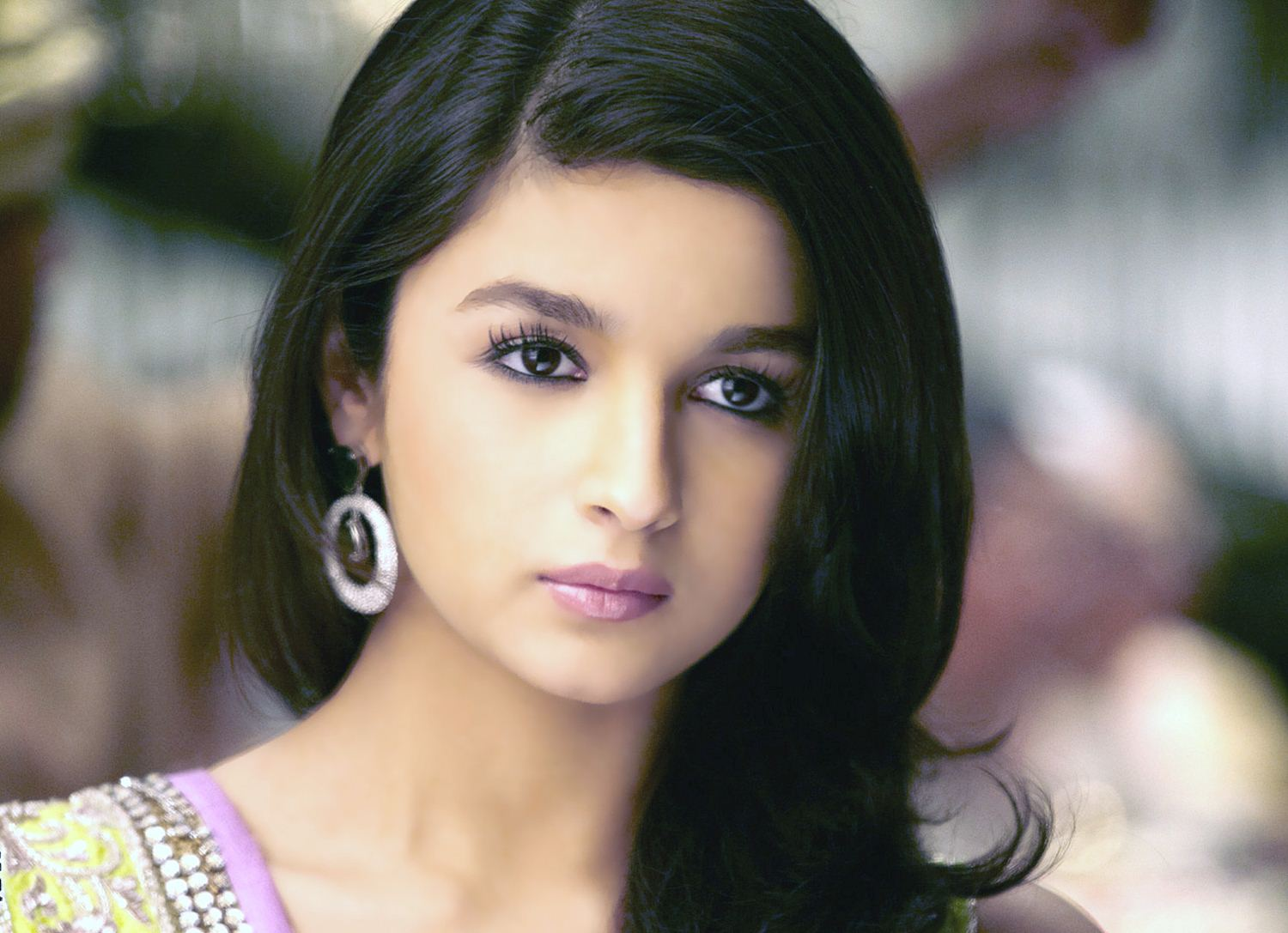 lovely alia bhatt cute look free mobile desktop background hd photo