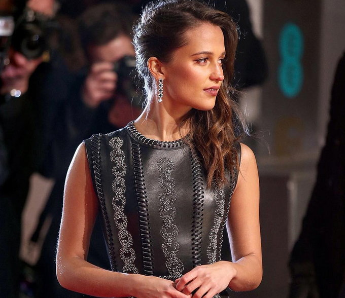 Desktop Alicia Vikander Cute Side Still Hd Background Free Mobile Pictures