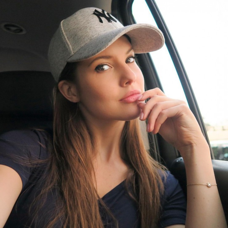 Download Amanda Cerny Look Laptop Free Pictures Hd