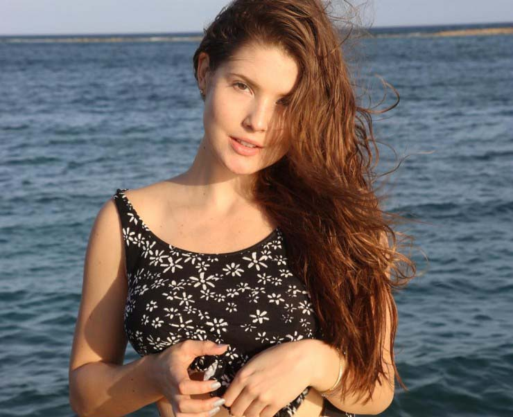 stunning amanda cerny beach photos hd download mobile images free