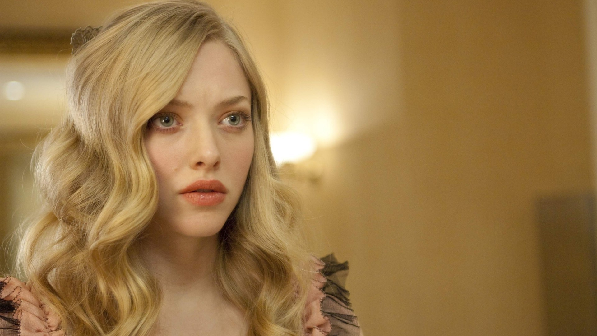 amanda seyfried beautiful face mobile free desktop background hd images