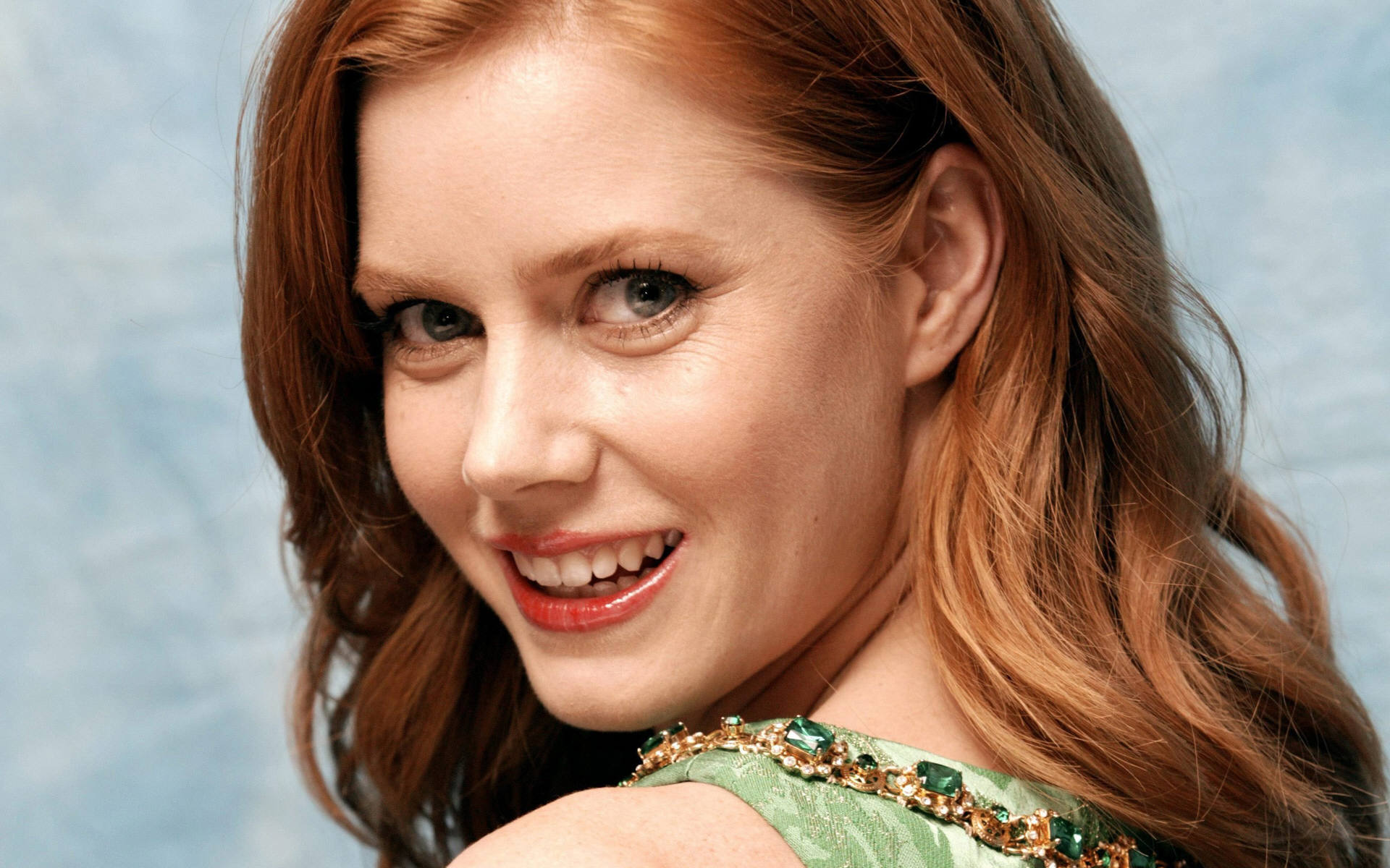 Download Amy Adams Fantastic Back Smile Look Mobile Free Background Pictures Hd