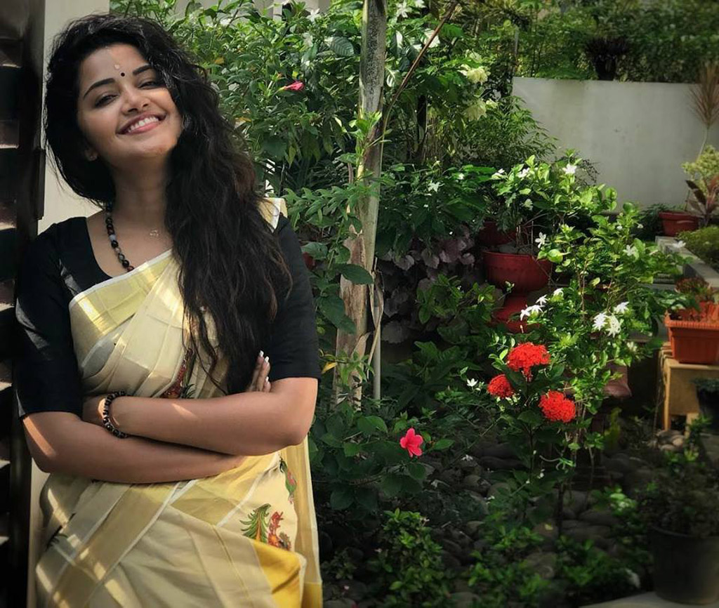 anupama parameswaran premam movie actress latest still
