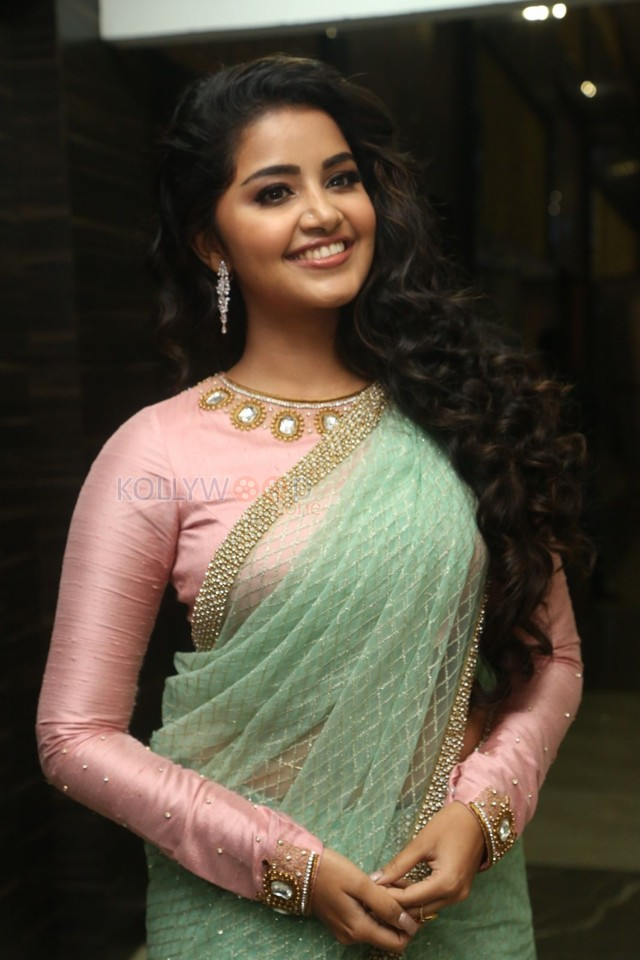 anupama premam actress on green saree images