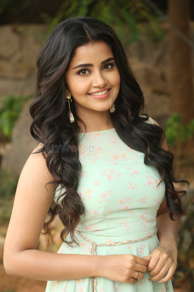 Heroine Anupama Awesome Free Wallpaper