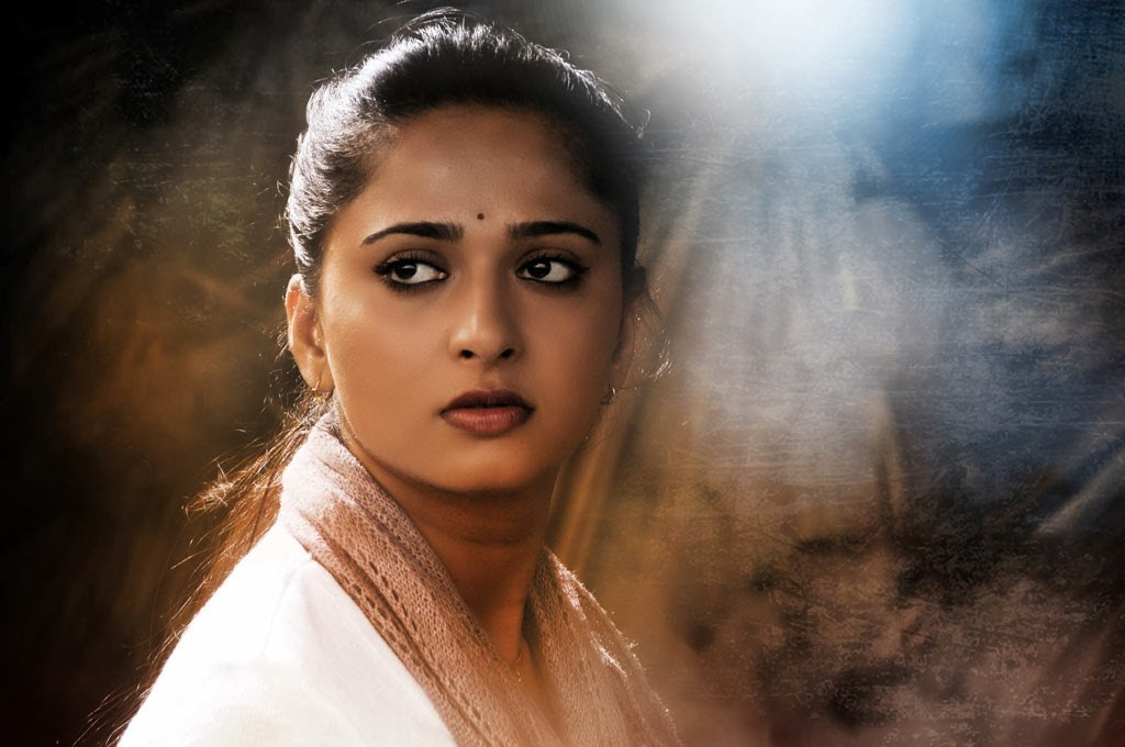 Free Anushka Shetty Beautiful Look Desktop Mobile Background Hd Wallpaper