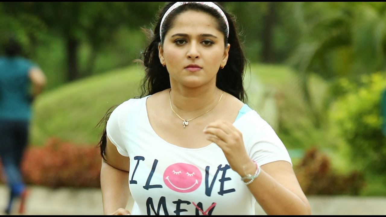 Wonderful Anushka Shetty Running Free Mobile Download Background Hd Pics