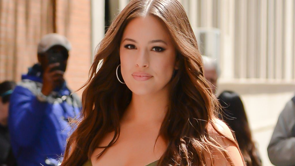 latest hd ashley graham hot wallpaper