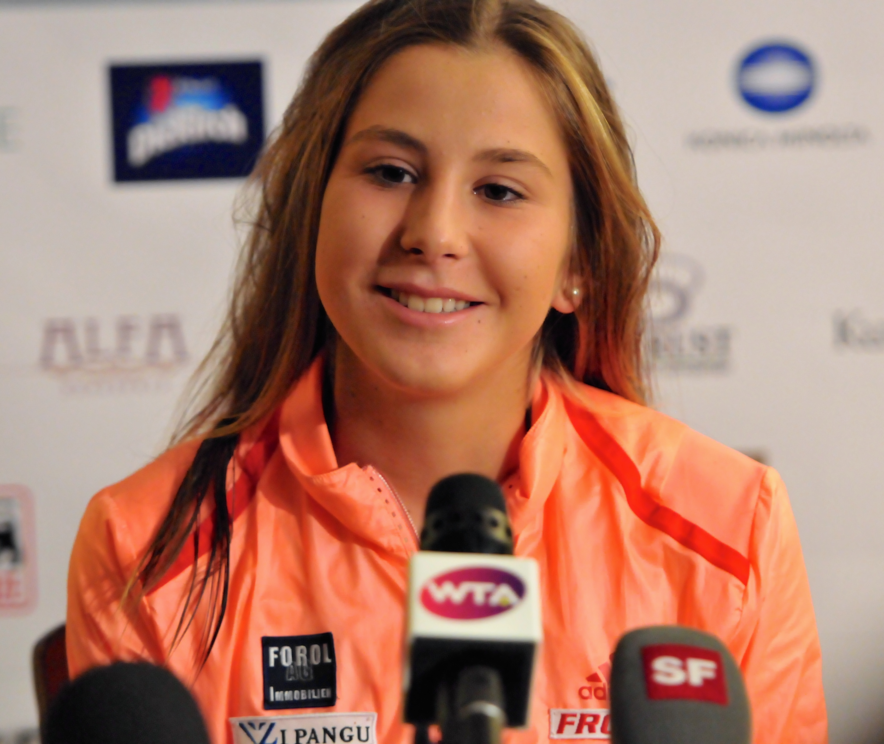 download belinda bencic press conference with smile mobile background images free hd