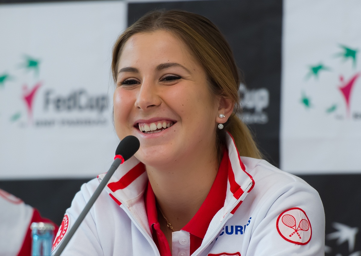 free belinda bencic smiling look mobile desktop background images hd
