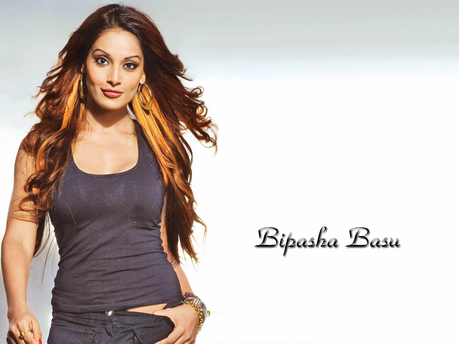 cute bipasha basu stylish look download laptop free background photos
