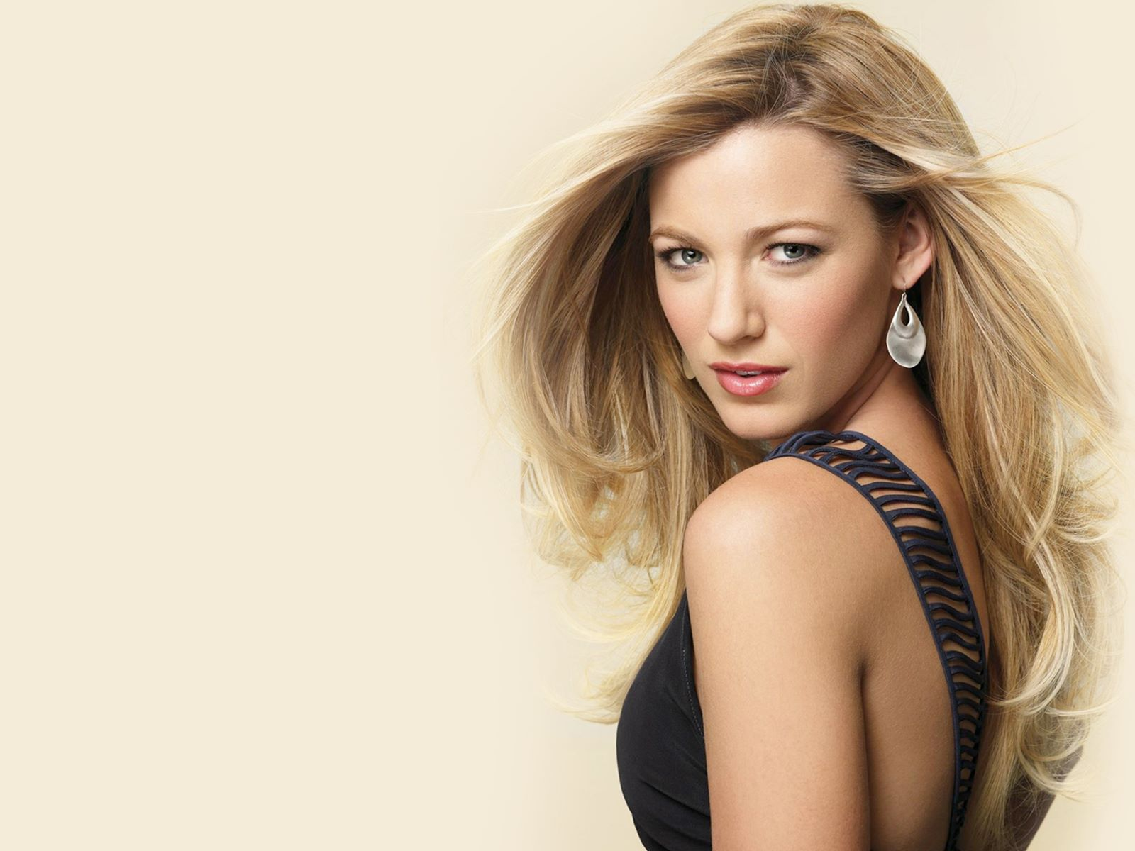 lovely blake lively style mobile download free background hd images