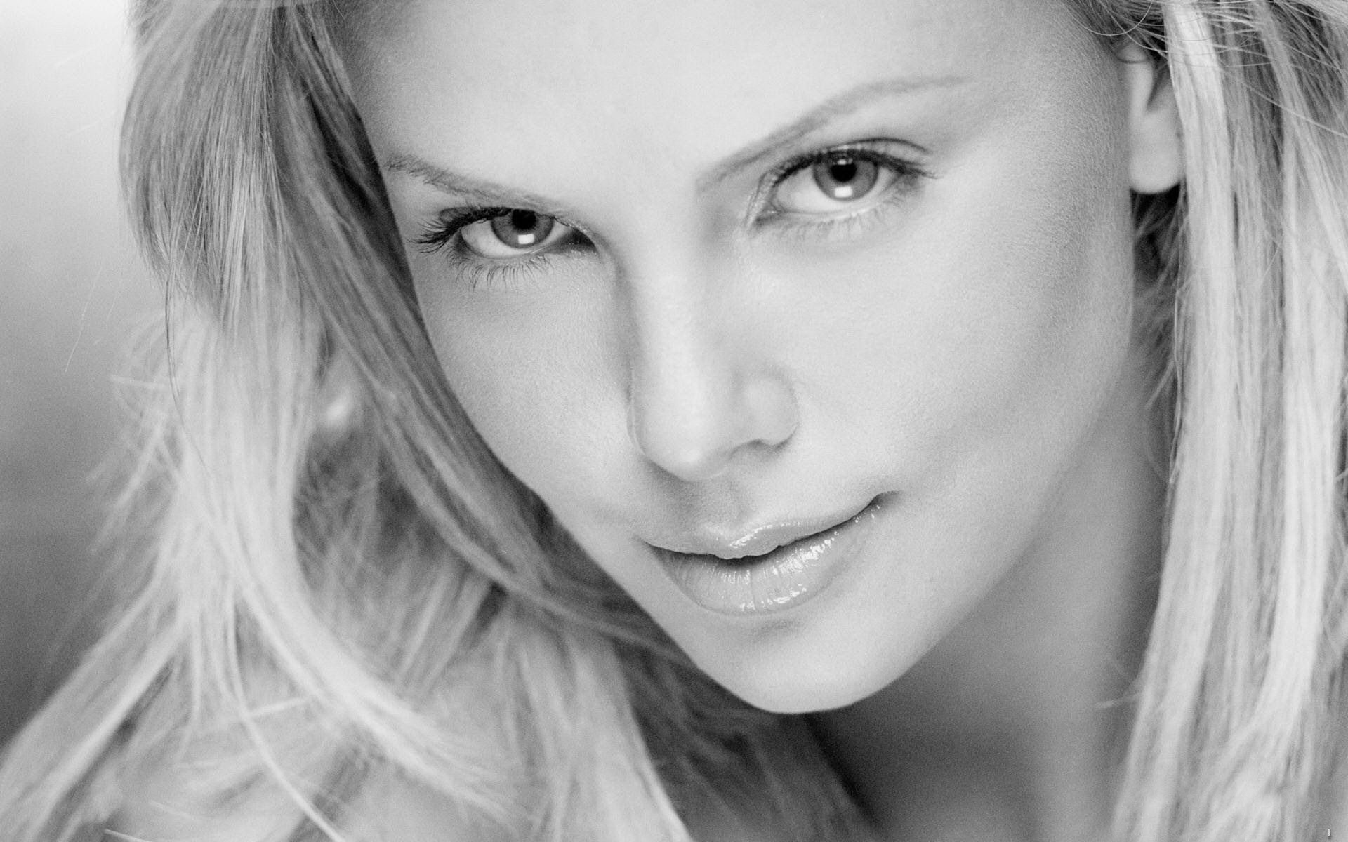 Gorgeous Charlize Therons Image Free Download