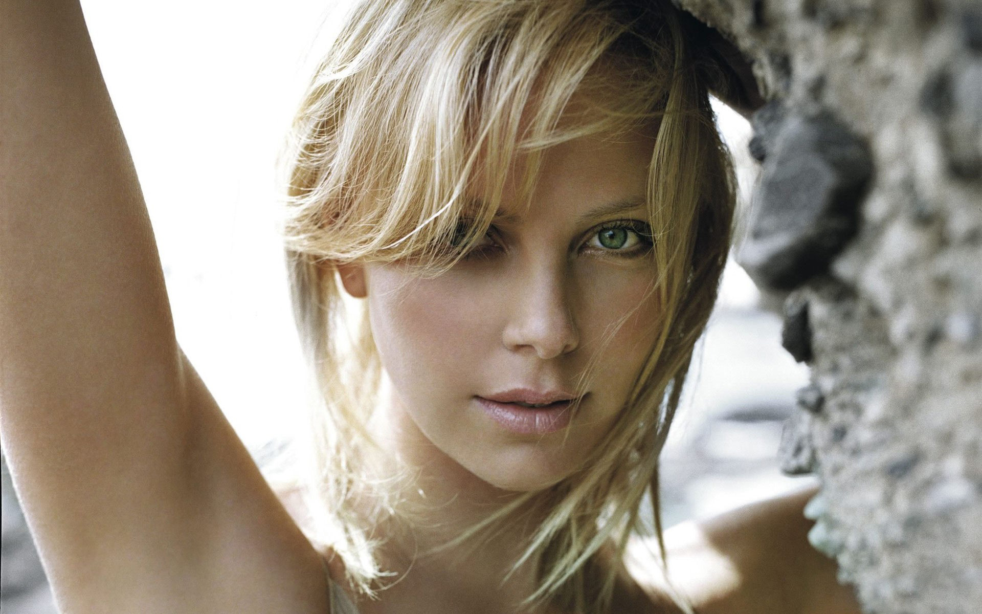 hd stunning charlize theron photos