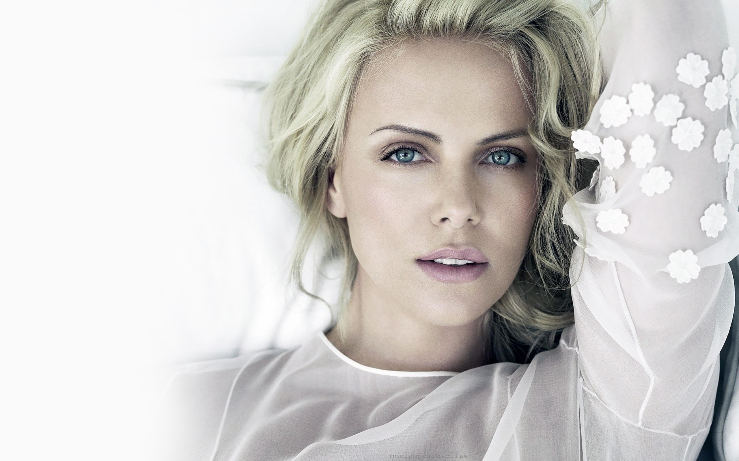 high quality free awesome hd charlize theron photo