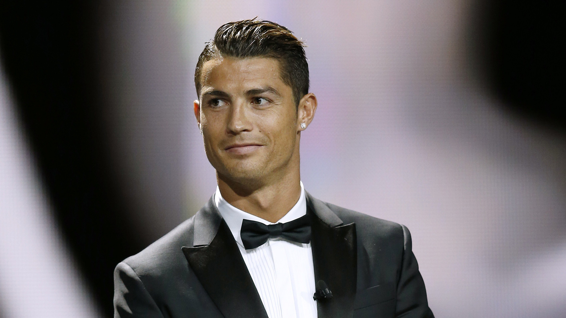 cristiano ronaldo hd free football function mobile desktop download wallpapers pics