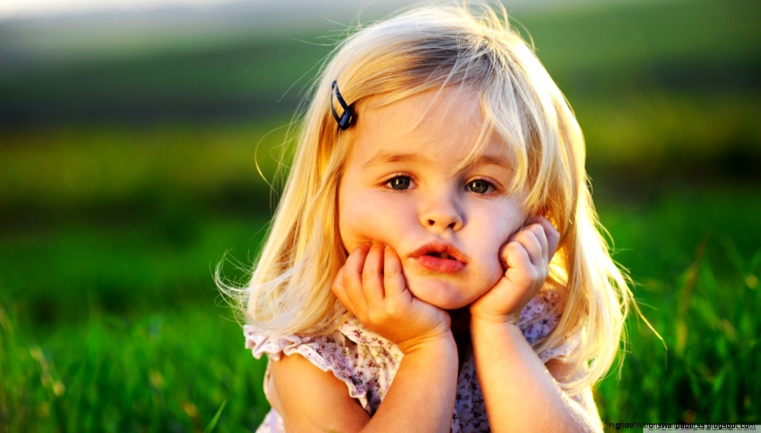 Sad Looking Kids Hd Fullscreen Photos Download