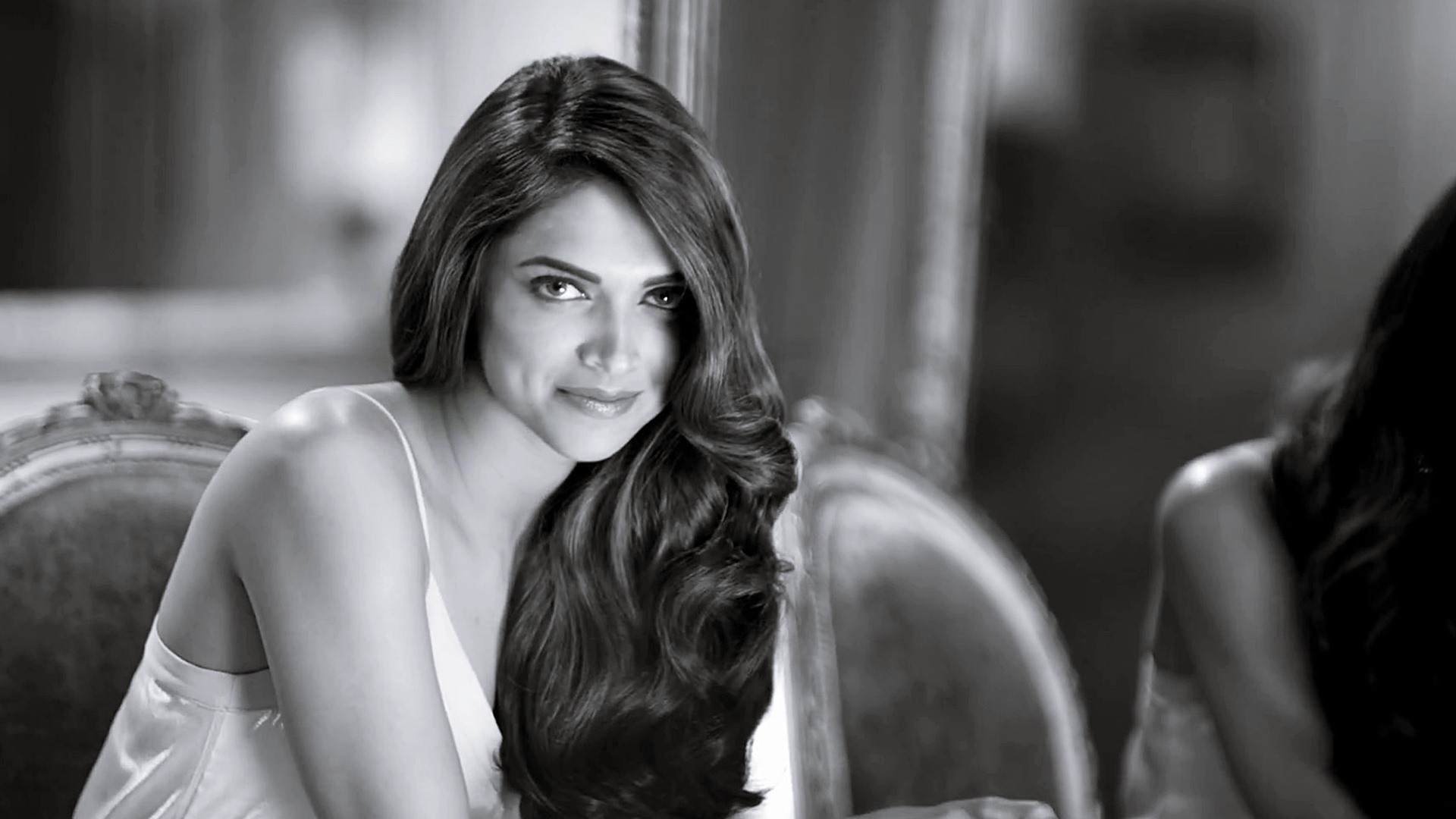 Black White Picture Beauty Deepika Padukone Free Hd