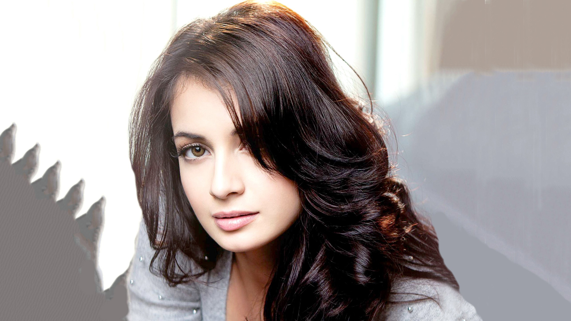 Amazing Dia Mirza Eye Look Mobile Hd Download Free Background Wallpaper