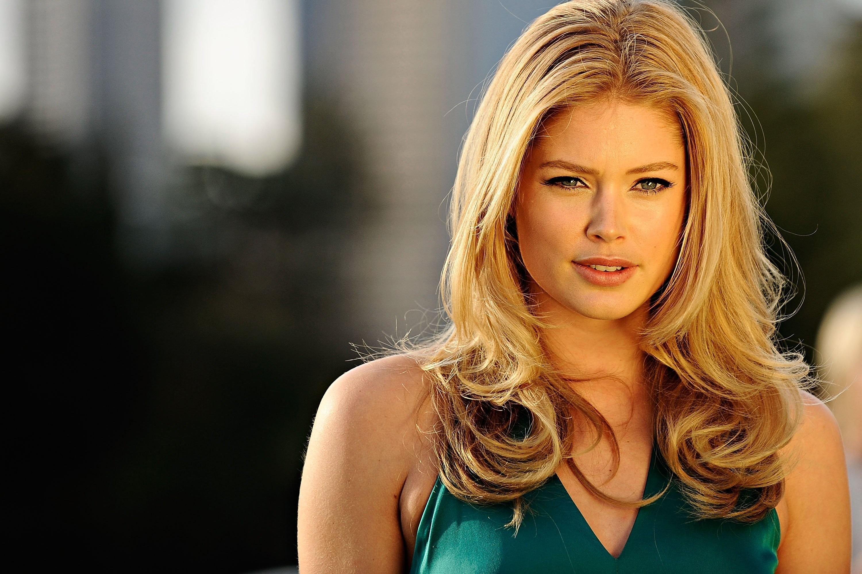 amazing doutzen kroes cute look desktop free mobile hd pictures background