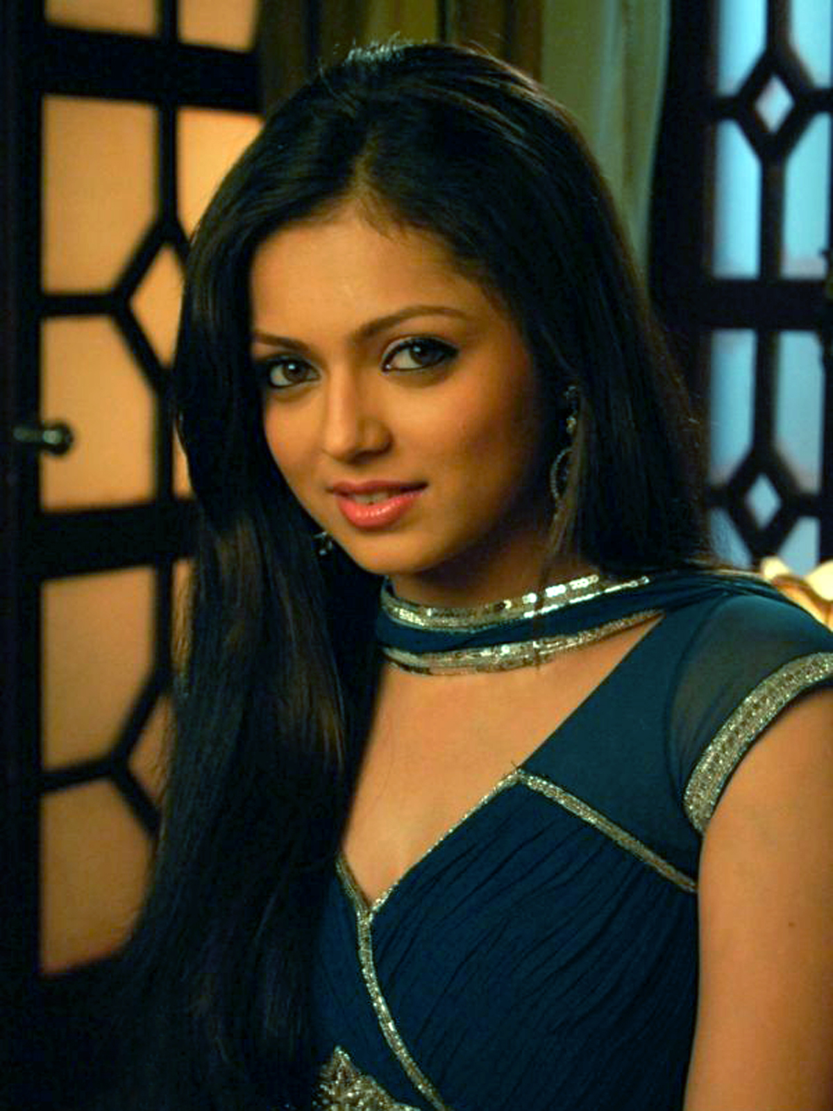 Cute Drashti Dhami Home Look Mobile Hd Deskop Background Images Free