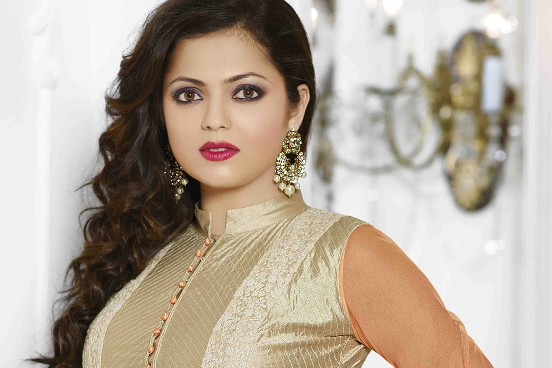wonderful drashti dhami beautiful look mobile background hd wallpaper download free