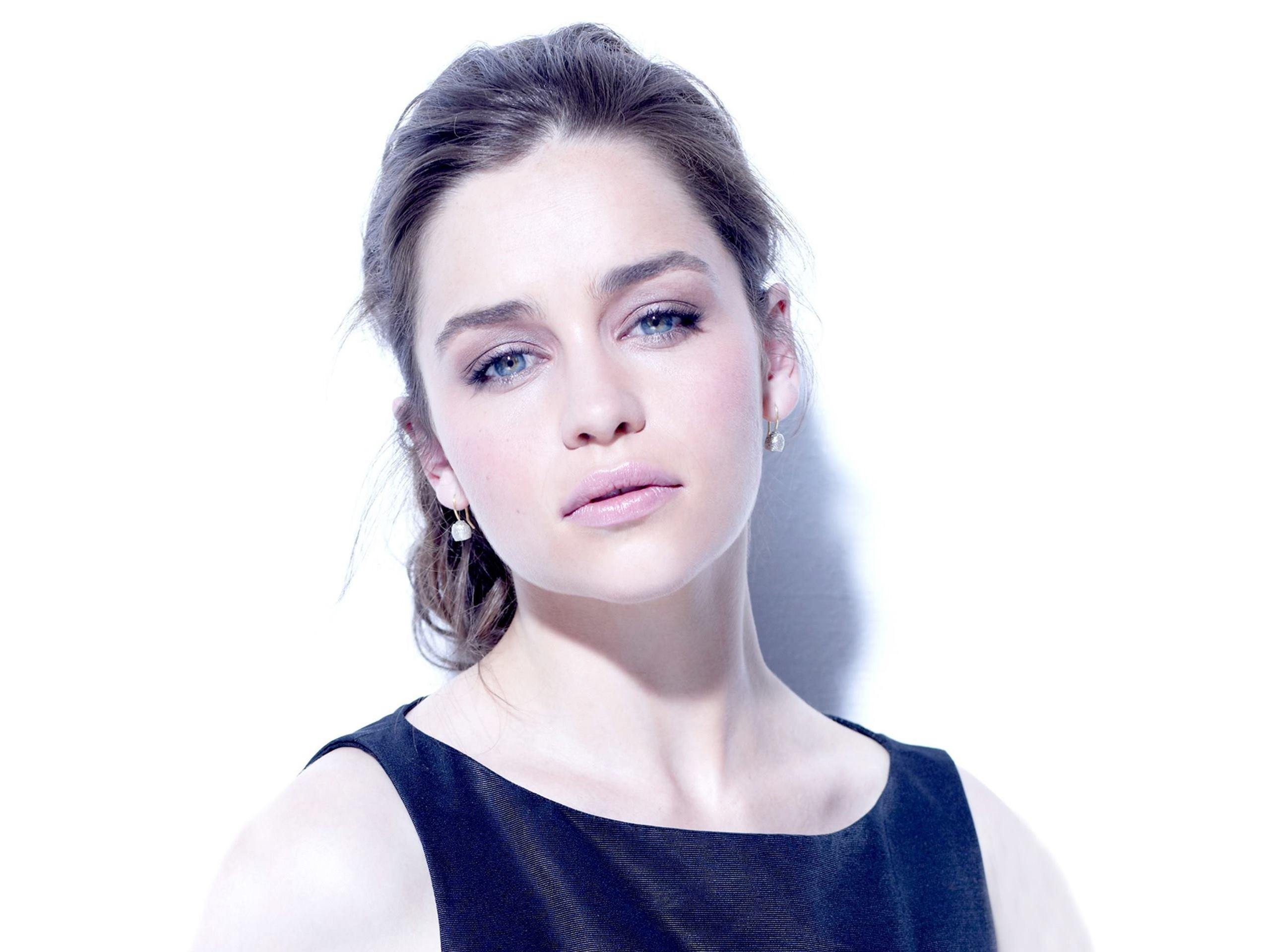 Lovely Emilia Clarke Cute Attractive Face Still Free Desktop Mobile Hd Background Pictures