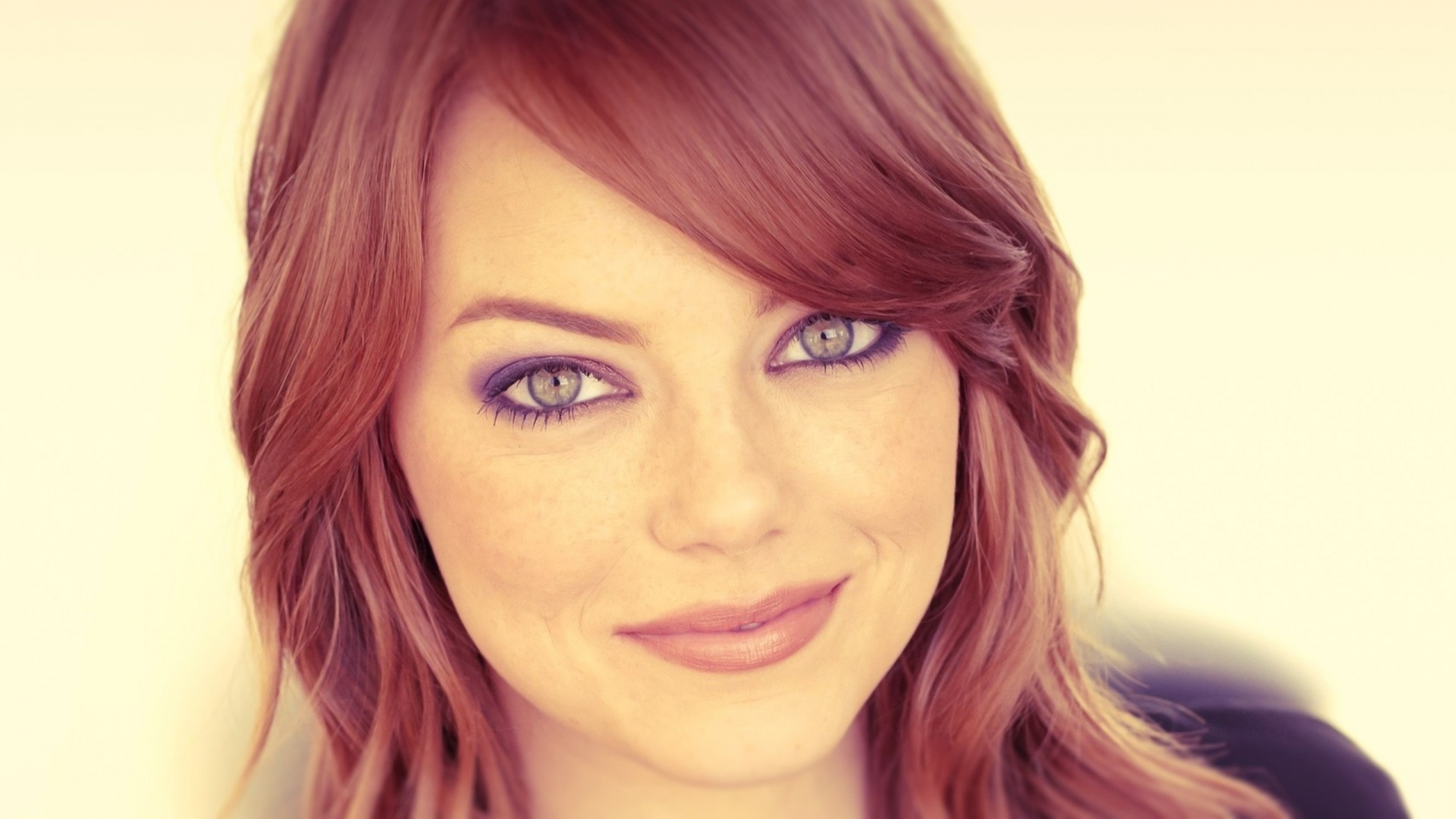 Beautiful Emma Stone Amazing Smile Face And Eye Look Desktop Free Background Pictures Hd Mobile