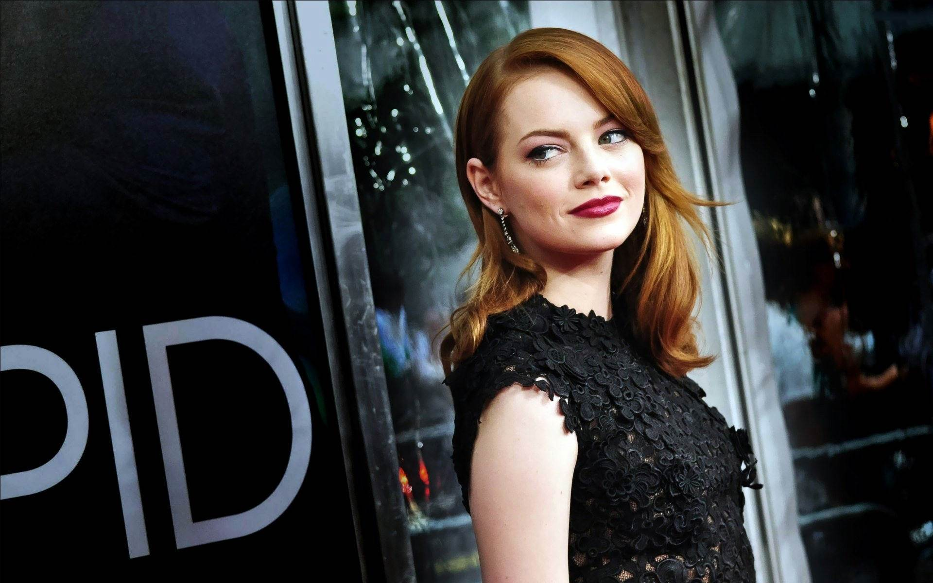 Desktop Emma Stone Beautiful Smiling Look Face Mobile Hd Background Free Wallpaper