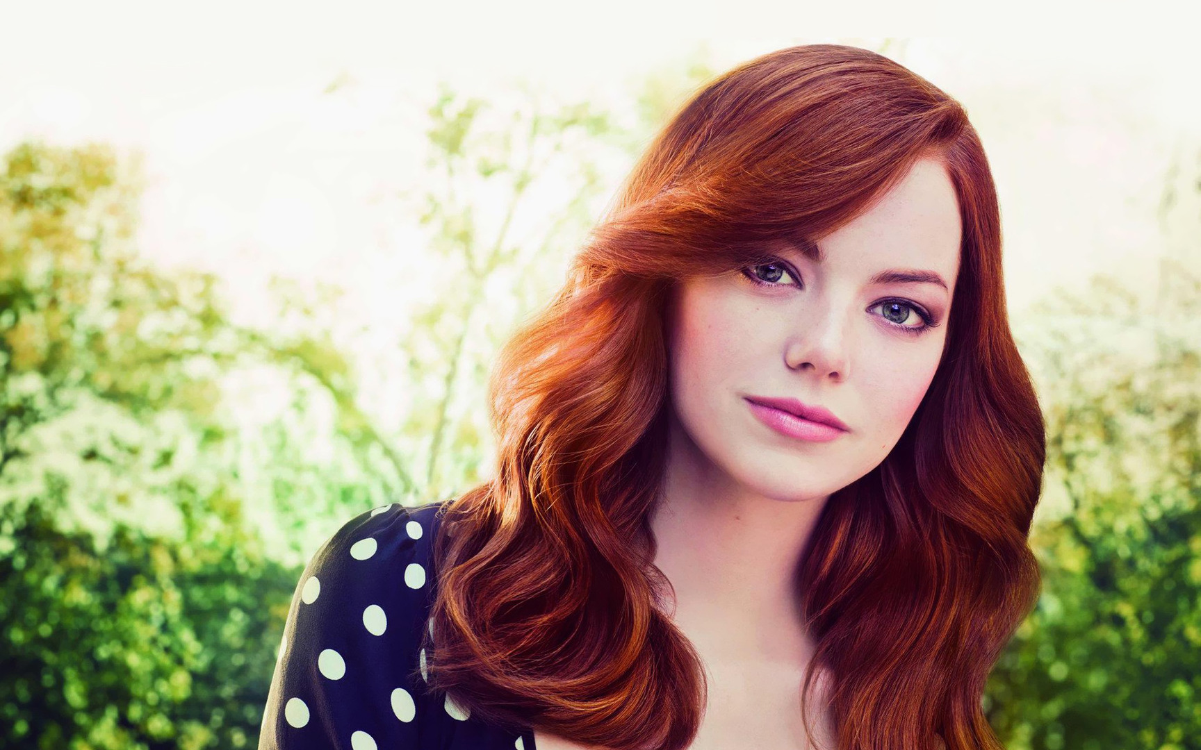 lovely emma stone nice cute face look background mobile desktop