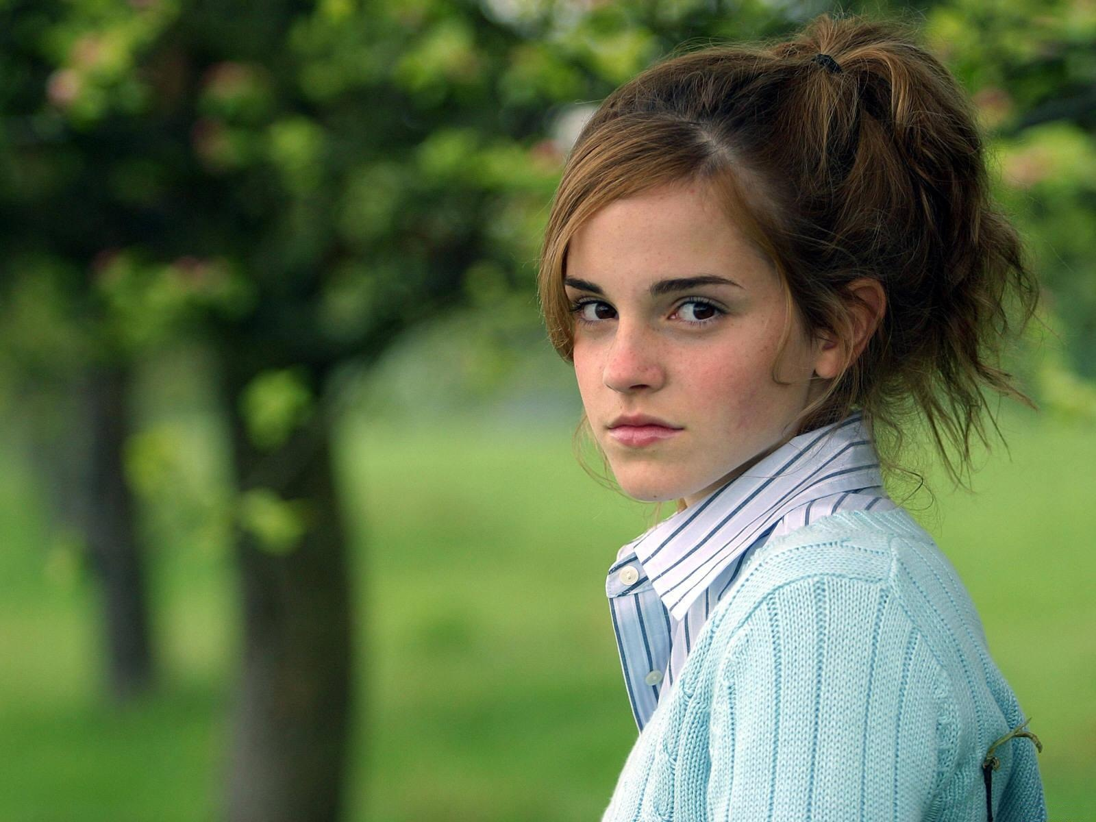 Beautiful Emma Watson Lovely Face Look With Natural Background Trees Still Hd Mobile Desktop Free Wallpaper