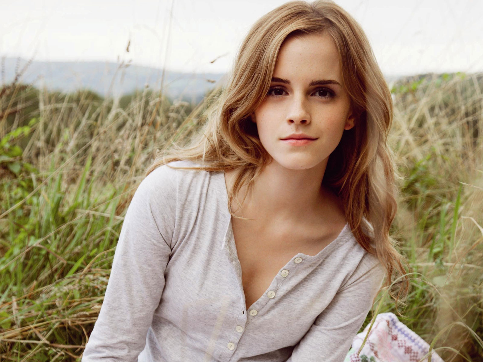 wonderful emma watson beauty stylish look with natural background still desktop hd mobile free wallpaper