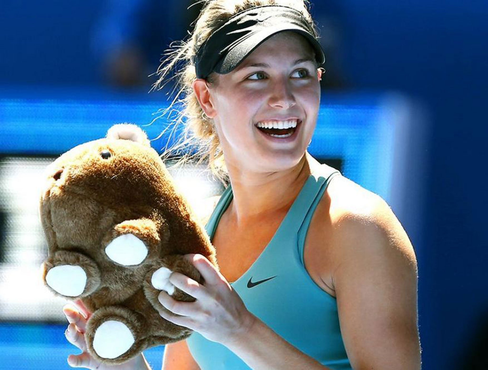 desktop eugenie bouchard lovely laugh with teddy bear pose background images mobile hd free