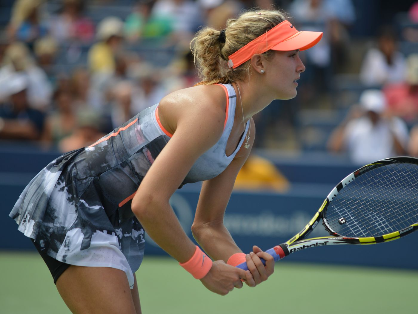 Wonderful Eugenie Bouchard Still For Waiting Tennies Ball Laptop Download Hd Background Pictures Free