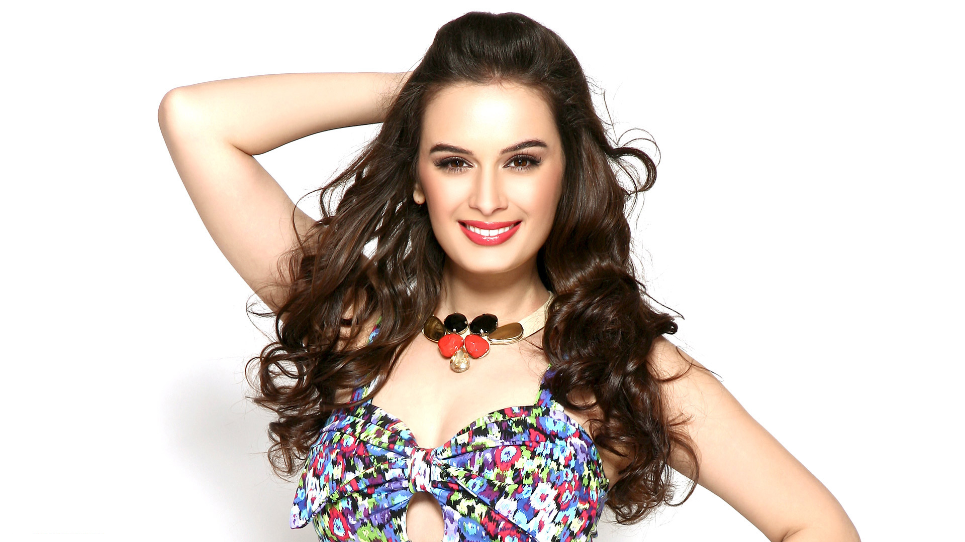 Stunning Evelyn Sharma Beautiful Pictures Mobile Desktop Free Background Hd