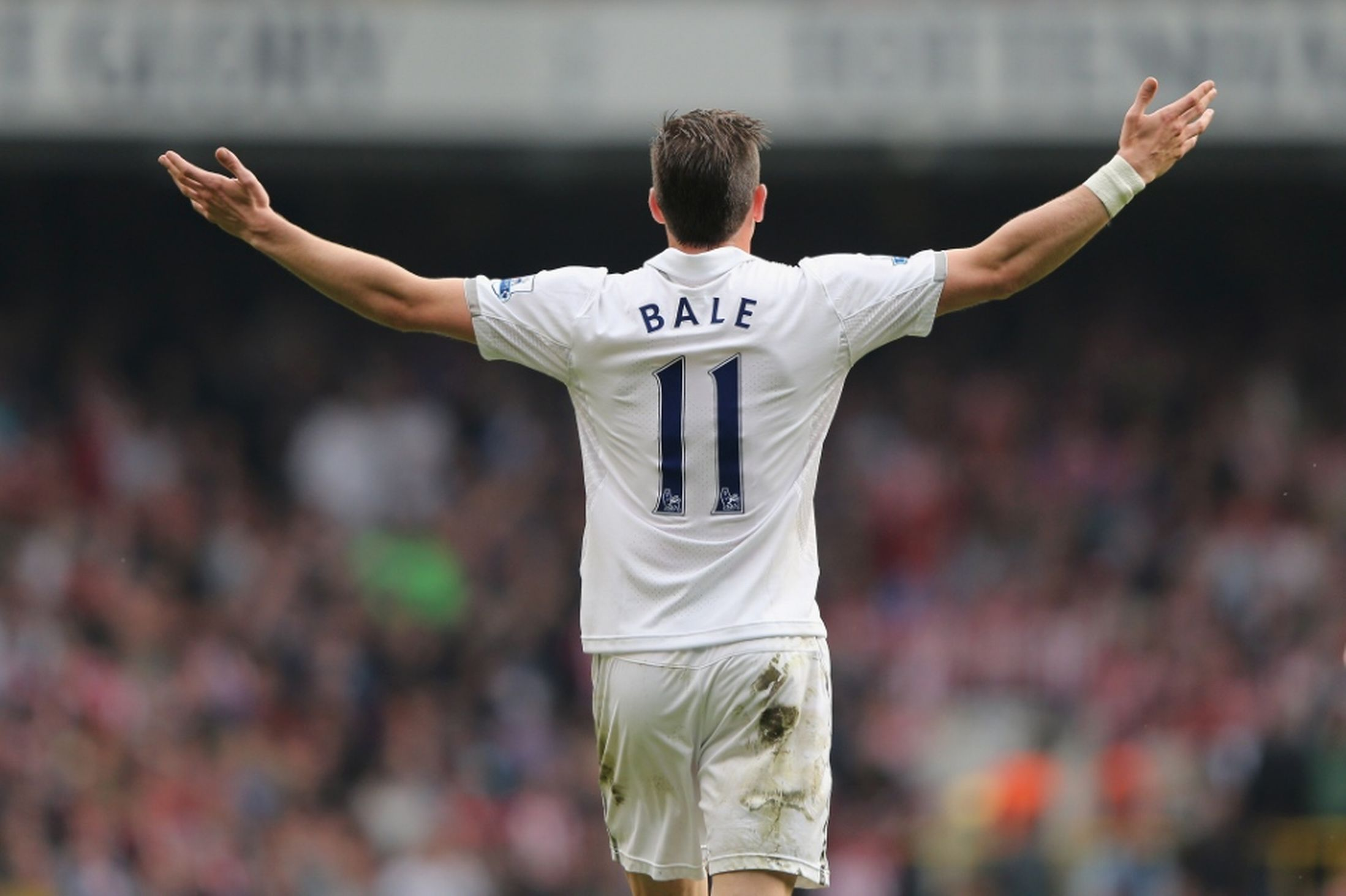 Gareth Bale HD Background