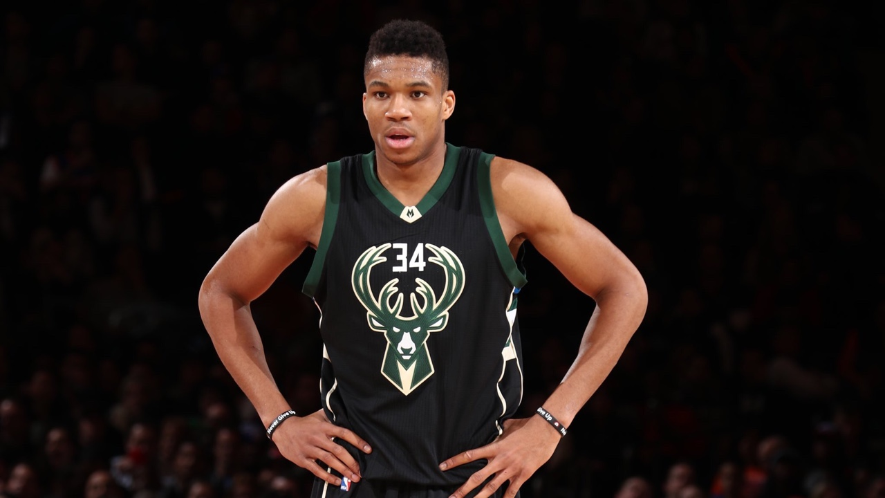 Amazing Giannis Antetokounmpo Stylish Still Mobile Free Hd Desktop Background Wallpaper