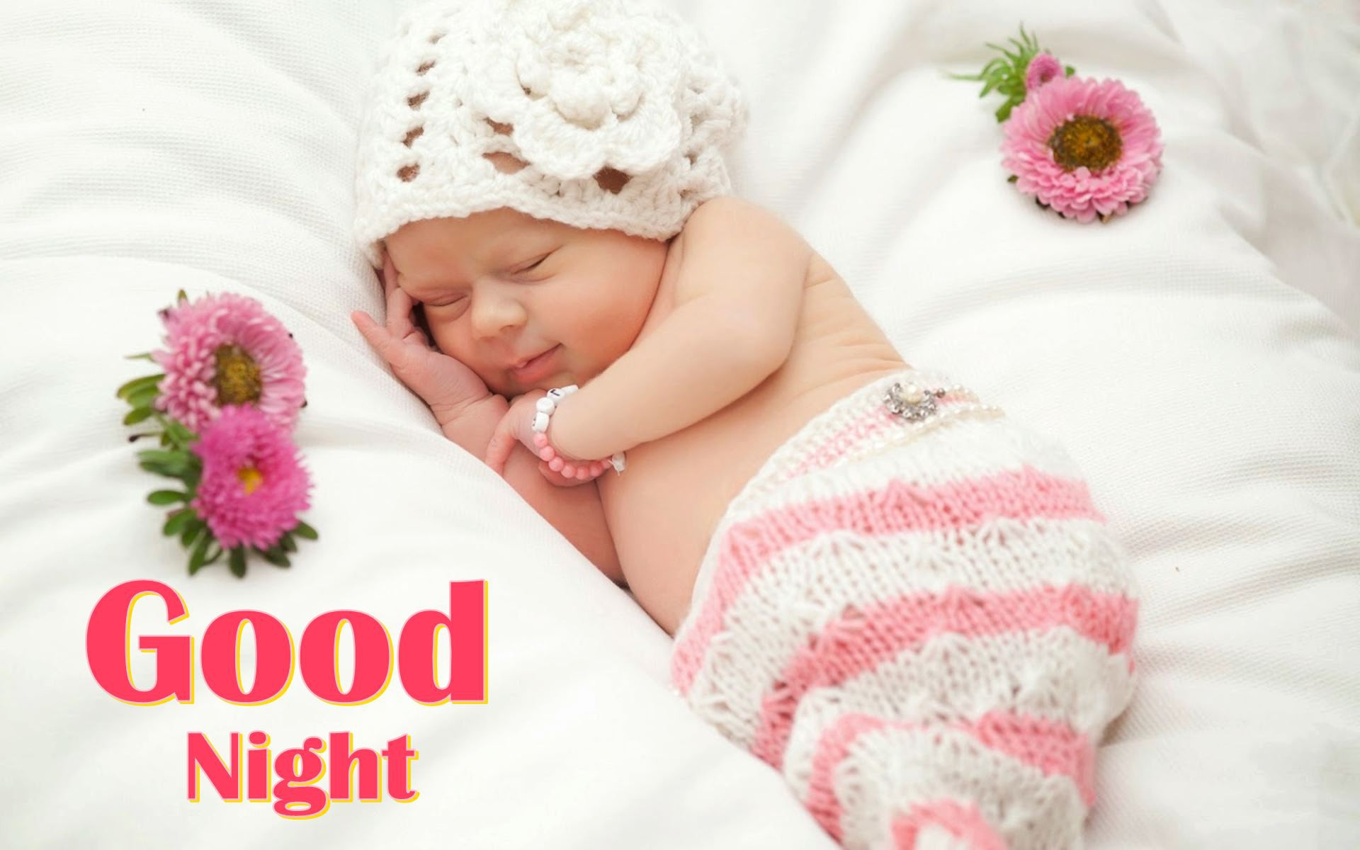 Cute Small Born Baby Sleeping Pics
