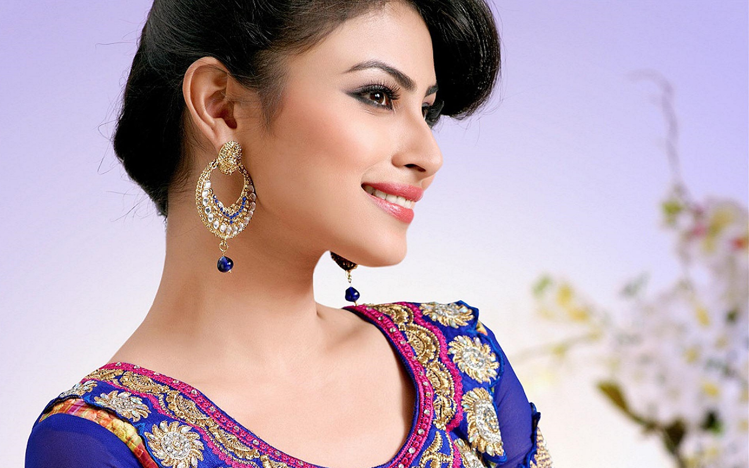 beauty mouni roy pictures images photos picture