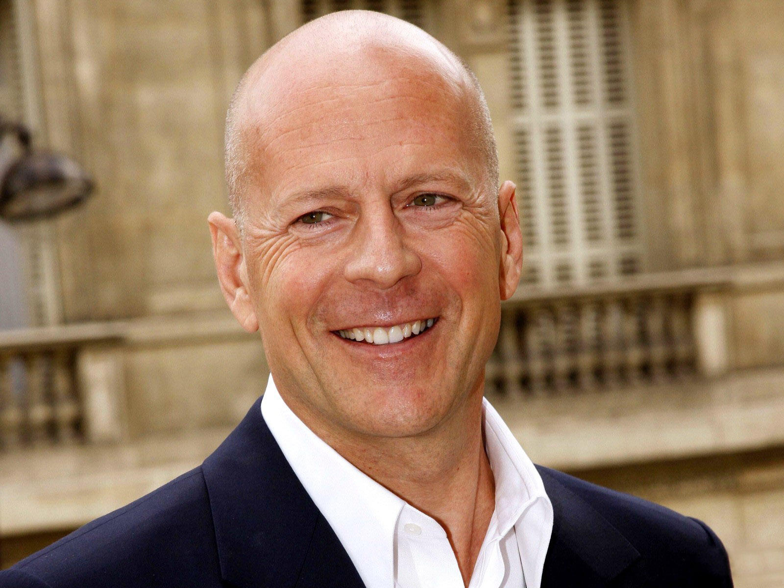 bruce willis producer background image