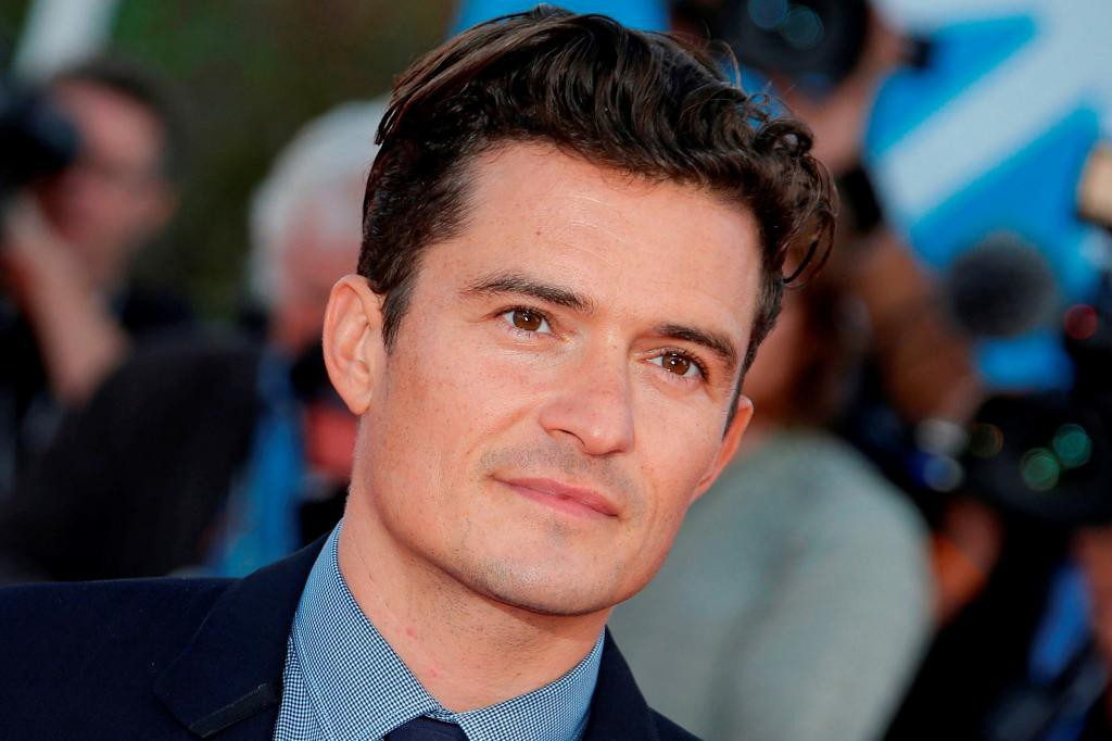 handsome actor orlando bloom wallpaper photos download