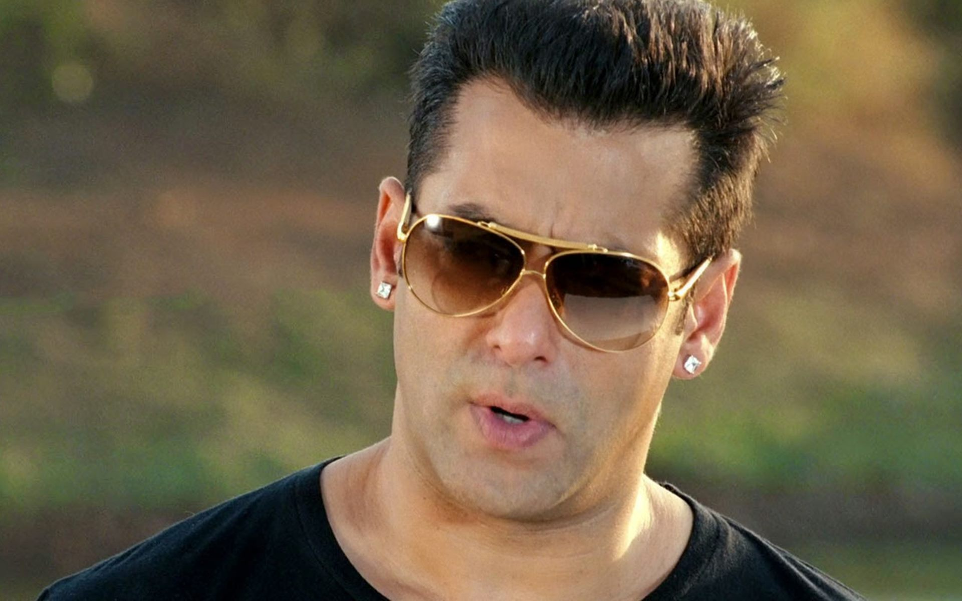hindi actor Salman Khan Best Actor Wallpaper hd images photos