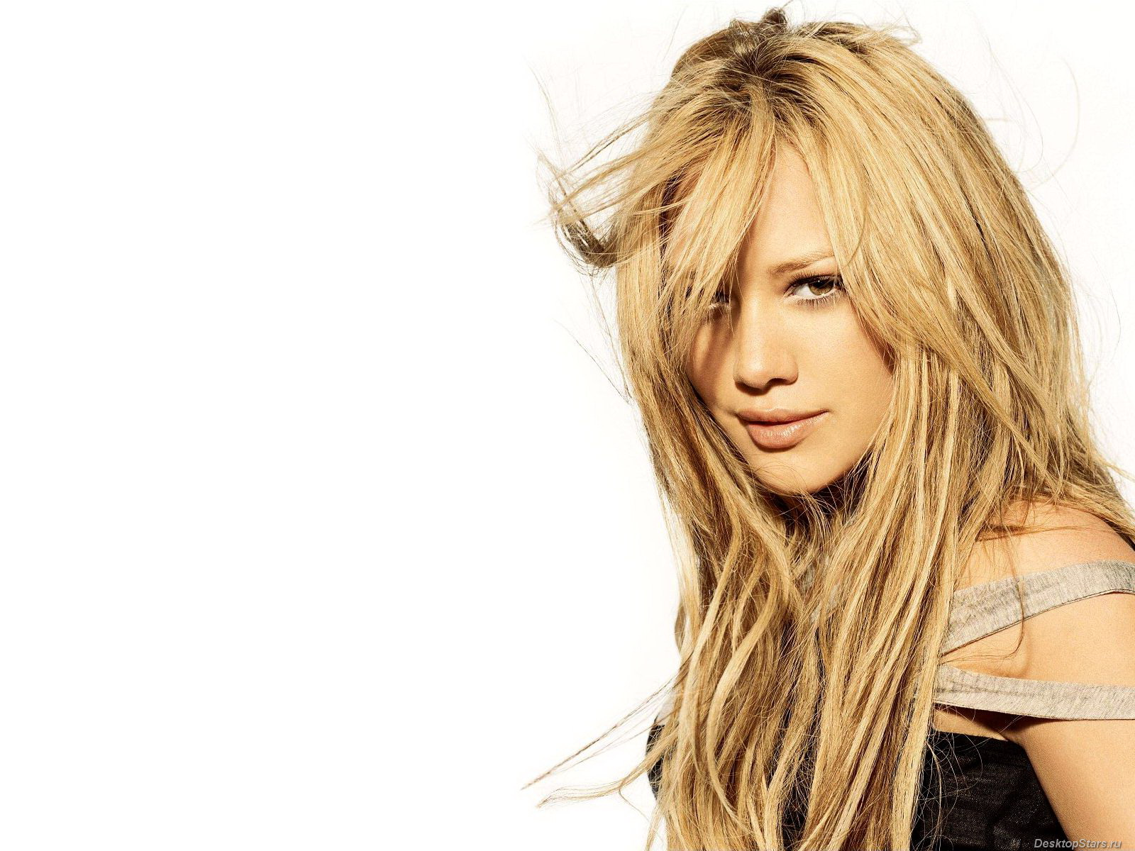 cute hilary duff nice lovely beauty hair style look laptop background hd desktop images